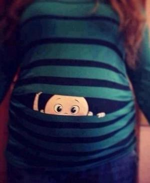 Alguém sabe onde acho uma camiseta dessas para grávida?